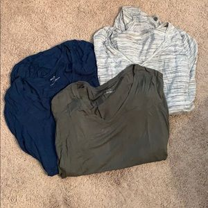 Bundle of three long sleeve fitted maternity tops